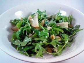 rocket-pear-walnut-blue-cheese-salad